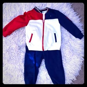 Tommy Hilfiger toddler boy sweat outfit